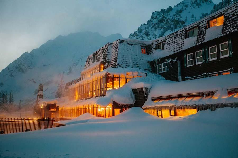 Alta Peruvian Lodge - Aussenansicht am Abend
