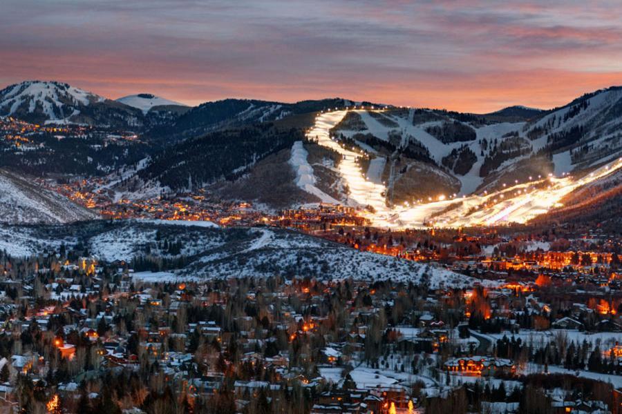 Der Skiort Park City am Abend