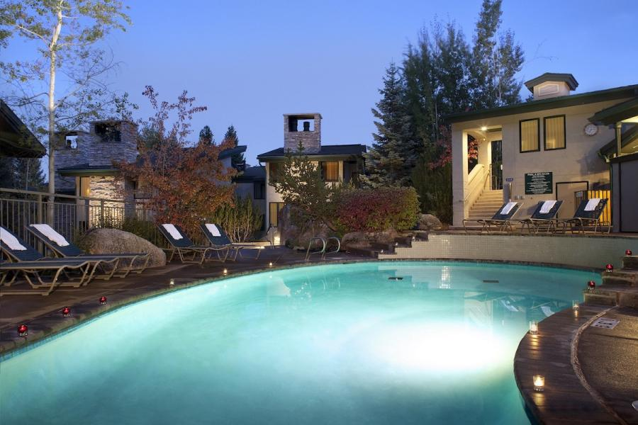 Tamarack Townhomes - Pool