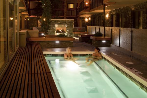 Banff Aspen Lodge - Pool und Whirlpool