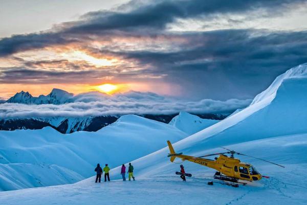 Last Frontier Heliskiing - Sonnenuntergang