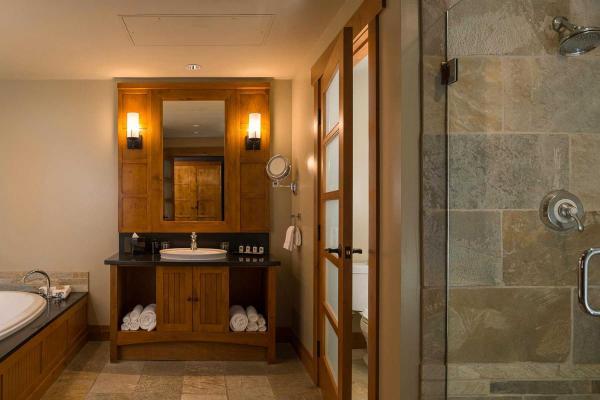 Nita Lake Lodge - Whistler - Bathroom
