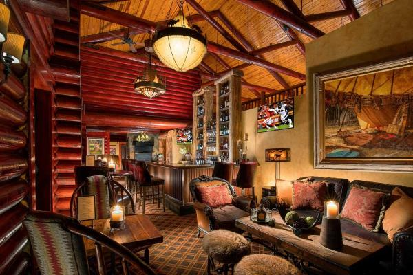 Rustic Inn @ Jackson - Bar