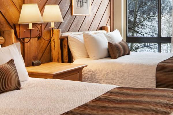 Stonebridge Inn, Snowmass - Zimmer mit 2 Queensize Betten